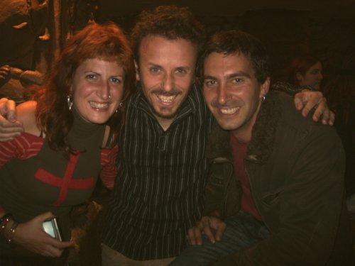 Selene, David y Ander en el Bar Iguana de Donosti